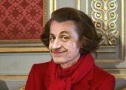 Nicolas Sarkozy lie nos sangs