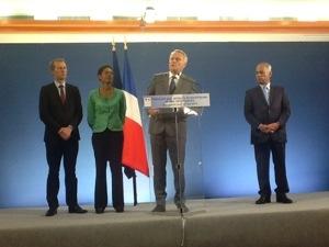 Discours du Premier Ministre Jean-Marc #Ayrault devant les acteurs économiques de la #Martinique