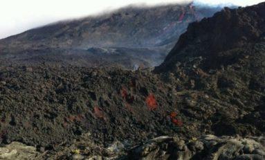 Éruption du Piton de la Fournaise à l'île de la #Réunion : les premières photos