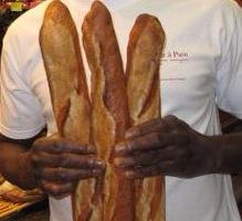 L'homme qui fait marcher Paris... a la baguette