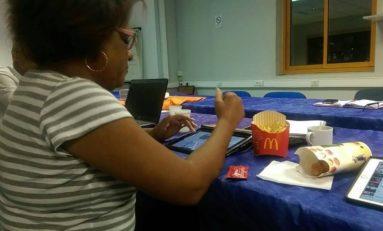 Catherine #Conconne préfère le Cathou-Burger de McDonald's