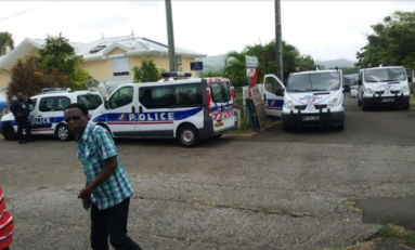 Live : intervention des forces de #police à la #fourrière en #Martinique
