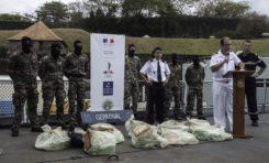 Un voilier, deux individus et 93,5 kg de cocaïne interceptés par la frégate de la Marine nationale Germinal sur renseignement de la douane française