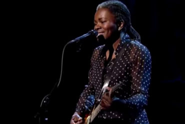 "Tracy Chapman chante ""Stand by me"", live @Letterman"