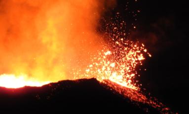 Île de La Réunion : le Piton de la Fournaise fait son Grand Raid