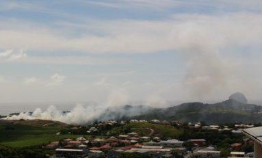 La décharge de Céron est en feu en Martinique