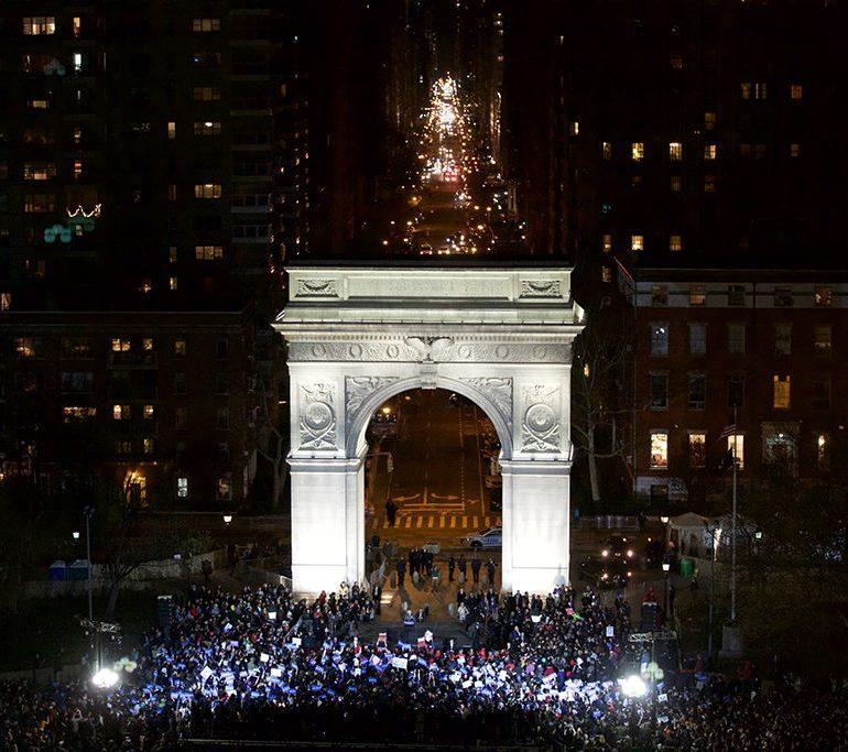 Sanders enflamme New-York
