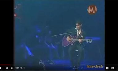 Prince en guitare+voix (live @MTV)
