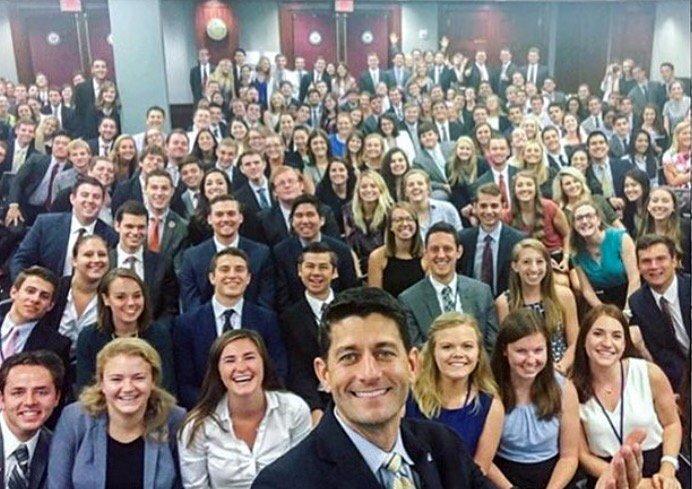USA : Paul Ryan, vous présente tous ses stagiaires… oh wait !