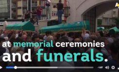 Enterrement des victimes de l'attentat d'Istanbul (vidéo)