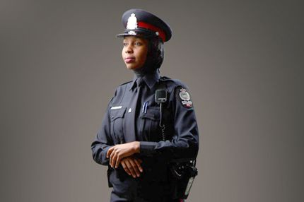 Le service de police de Montréal «ouvert» au hijab.