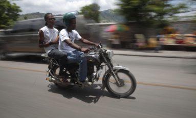 Titus, moto taxi à Haïti (radio)