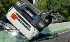 Spectaculaire accident au Carbet en Martinique