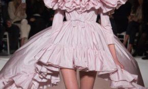 L'italien Giambattista Valli à la fashionweek