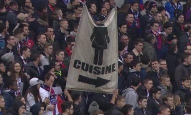 Sport et Sexisme  L'Olympique Lyonnais va porter plainte contre l'auteur d'une banderole sexiste déployée au stade. Elle proposait aux  femmes de rester en cuisine.