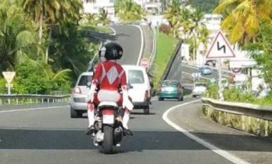 Législatives 2017 en Martinique : un candidat aux abois aurait-il fait appel aux Power Rangers ?