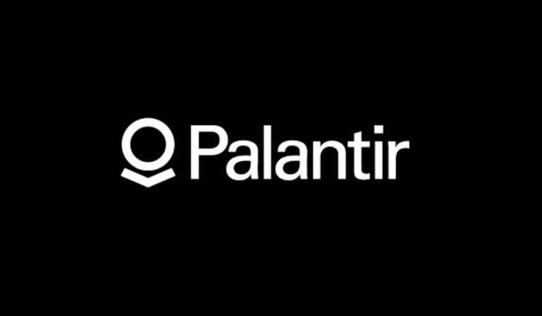 Palantir, société de surveillance en ligne, aurait travaillé avec des données de Facebook…