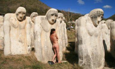 """Femme nue au Cap 110 en Martinique : """"J'ai voulu rendre un hommage aux esclaves et au mythe phallique noir..."""""""