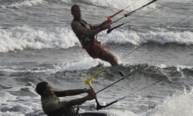 L'image du jour 27/05/18 - Kite surf - Saint-Pierre - Île de La Réunion