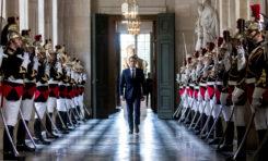 """""""Parle comme Macron""""... La machine à langue de bois (jeu)"""