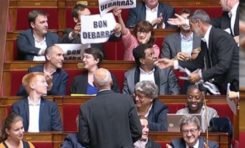 """Les député-es de la France Insoumise """"saluent"""" le départ de Manuel Valls de l'Assemblée nationale."""