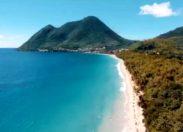Tempête de ciel bleu en Martinique - La plage du Diamant - Dizac-