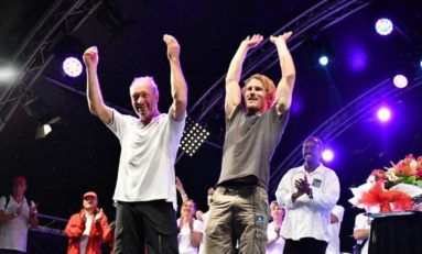 Route du rhum 2018 : Francis Joyon bat Gabart et gagne la bagarre du pont de la Gabarre