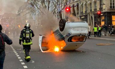 L'image du jour 05/01/19 - Paris - Gilets Jaunes- Acte 8
