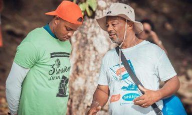 L'image du Tour de la Martinique des yoles rondes 2019
