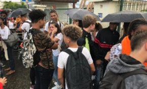 Grève à Fort-de-France. Les élèves bloquent les lycées (photos)