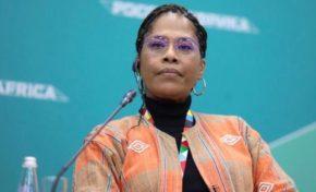 """Nathalie Yamb : """"aucun pays colonisé par la France n'a jamais accédé au développement"""""""