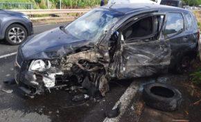 Déconfinement en Martinique : premier accident de la route. On est les champions 🥇🎉🎊🎊👏👏👏