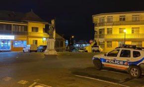 Guyane : les policiers de Cayenne sont les gardes-statue de Victor Schoelcher