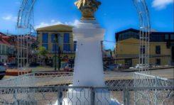 High bond d'yeux... Antoine... Emmanuel... Jean-Baptiste : le buste de Victor Schoelcher a disparu en Guadeloupe