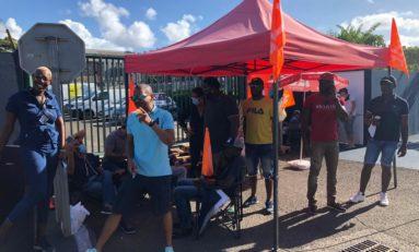 Grève à Peugeot Martinique : Les grévistes en mode seat lionne