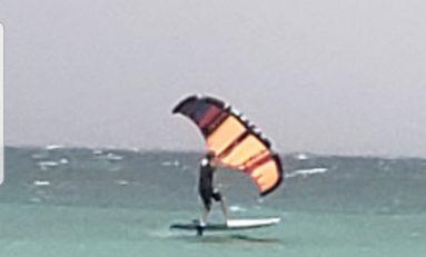 Wingsurf aux salines en Martinique