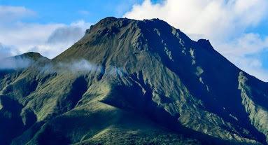 Martinique : et si la Montagne Pelée se réveillait ? Et si elle s'y mettait ?