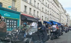 France : des milliers de motards manifestent à Paris
