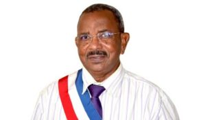 Bondamanjak souhaite un bon anniversaire à Lucien Saliber le président de l'assemblée de la Collectivité Territoriale de Martinique
